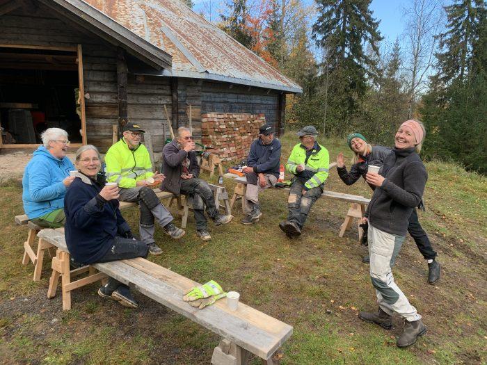 Röjardag i oktober 2020 vid Skästra Eldpallkoja